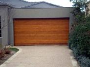 Sekcijinių garažo vartų gamyba